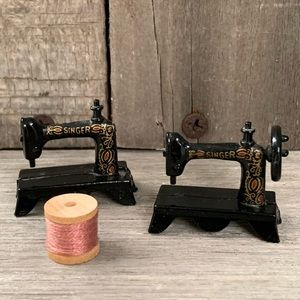2 Miniature Singer Sewing Machines with Thread